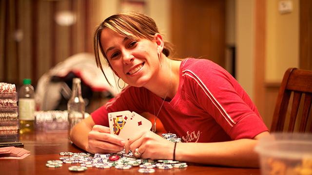 Danielle Andersen em Bet Raise Fold