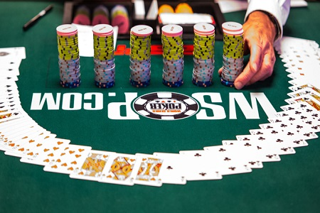 WSOP_cards-and-chips_featured