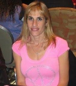 Nicole Rowe