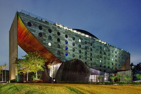 unique hotel 450
